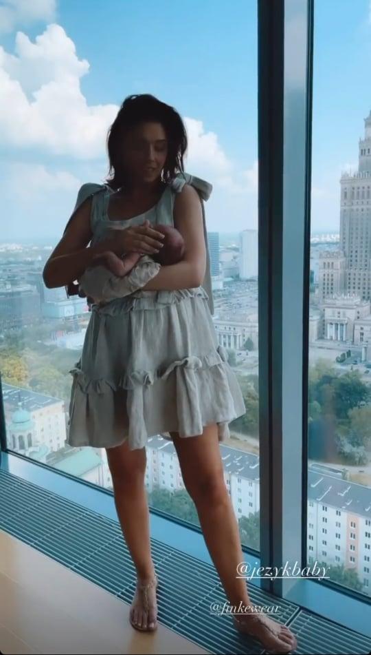 Zdjęcie (8) Klaudia Halejcio pochwaliła się nową fryzurą i pięknie wystylizowaną córeczką. Aż trudno oderwać wzrok. Cudne!