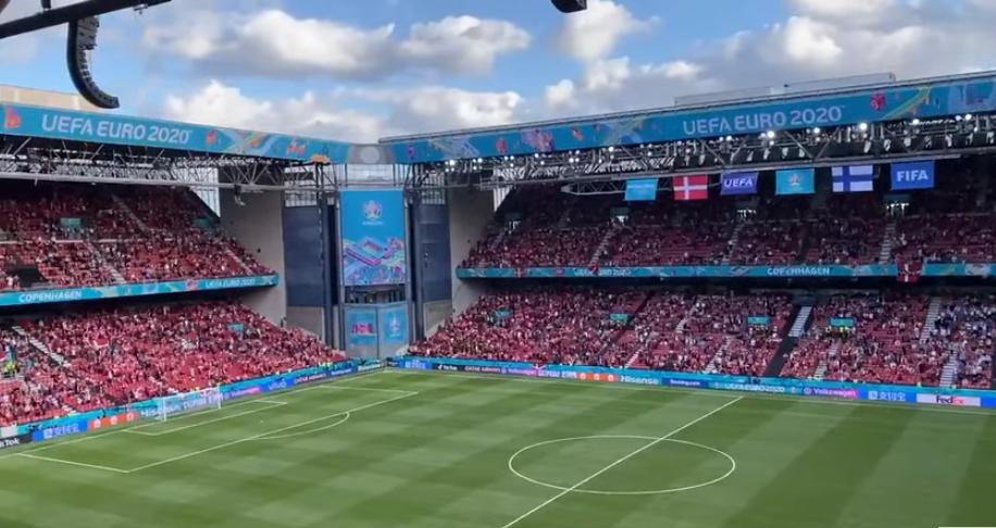 Euro 2020 - Chrisian Eriksen stracił przytomność, kibice skandują jego nazwisko