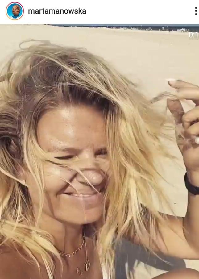 Marta Manowska na plaży