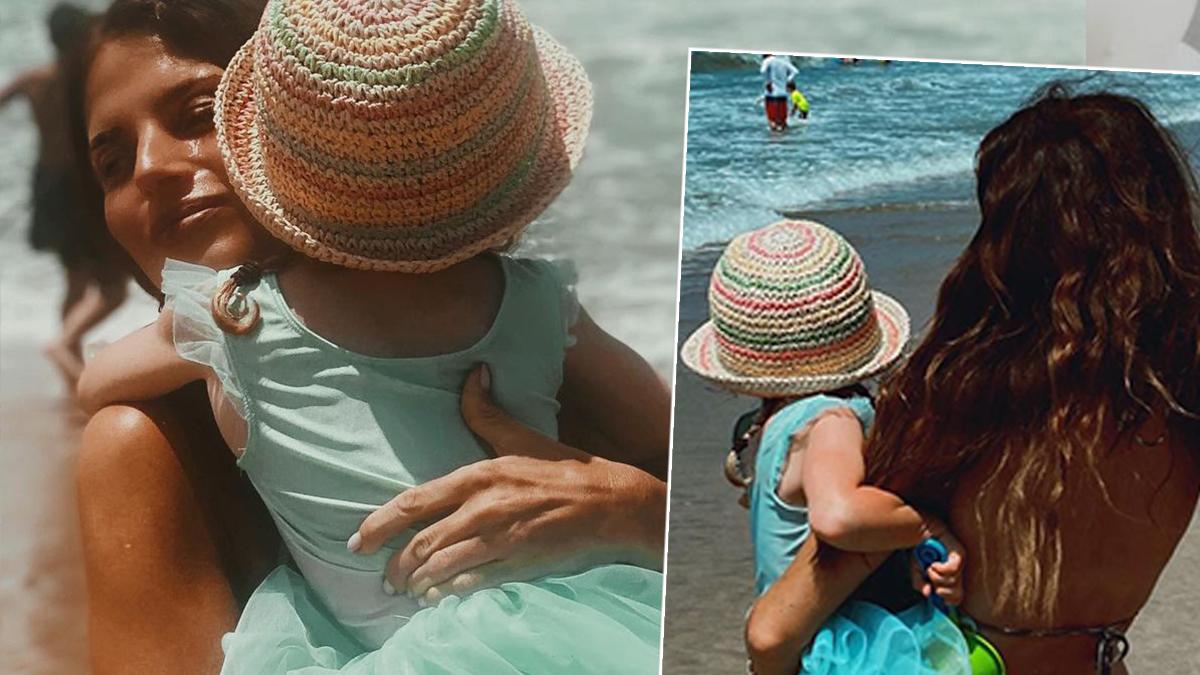 Weronika Rosati na plaży