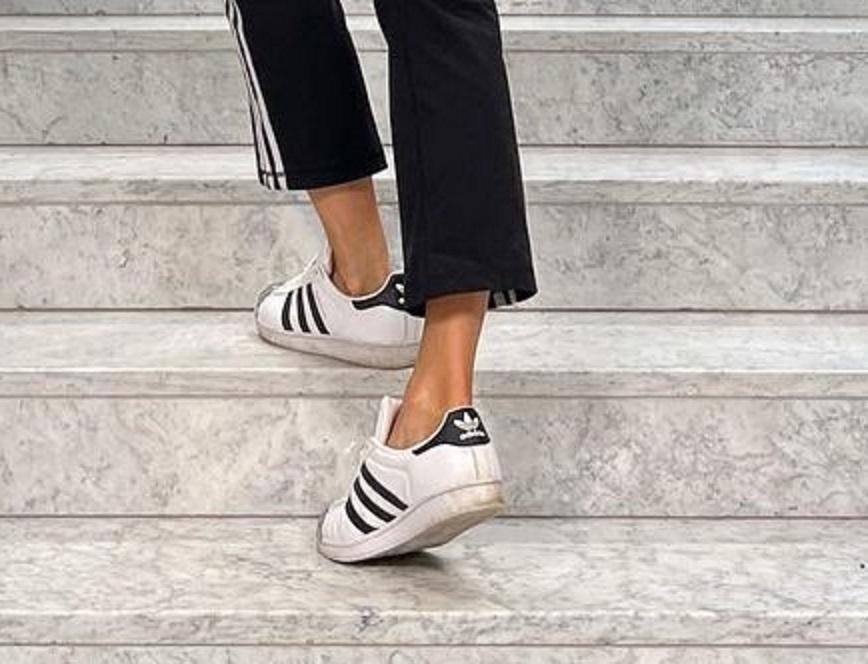 Małgorzata Rozenek w brudnych butach