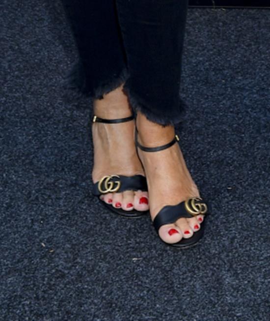 Sandałki Gucci kosztują ok. 3 tysięcy złotych