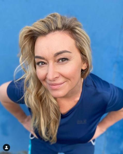 Zdjęcie (2) Ania Lewandowska o nowym biznesie Martyny Wojciechowskiej. Nie bez powodu wspiera jej kolekcję ubrań [WIDEO]